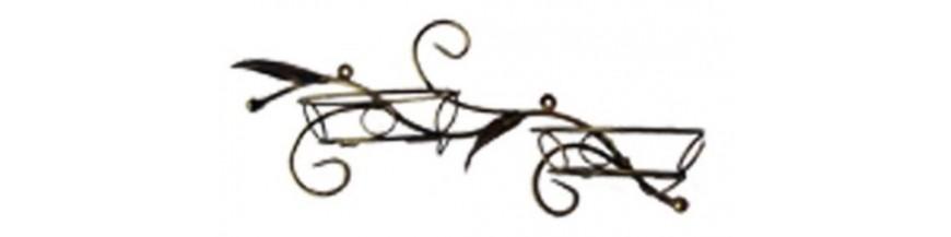 Kovové dekorácie