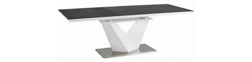 Üveg-fém asztalok
